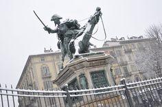 Il Duca di Genova in piazza Solferino, #Torino #neve. Foto della Redazione Web della Città di Torino