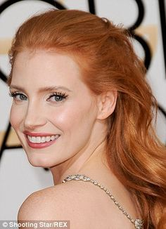 Jessica Chastain Annual Golden Globes held at The Beverly Hilton Hotel in Beverly Hills January 2014 Jessica Chastain, Red Hair Inspiration, Actress Jessica, Girls With Red Hair, Gorgeous Redhead, Ginger Hair, Cool Hairstyles, Casual Hairstyles, Medium Hairstyles