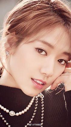 Gwangju, Tamar Braxton, Korean Actresses, Korean Actors, Park Shin Hye Drama, Matthew Mcconaughey, Halle Berry, Diane Lane, Park Ji Yeon