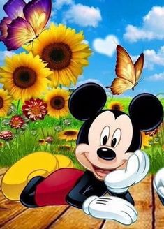 Mickey Mouse Imagenes, Arte Do Mickey Mouse, Minnie Mouse Drawing, Minnie Mouse Images, Mickey Mouse Pictures, Mickey Mouse Cartoon, Mickey Mouse Christmas, Mickey Mouse And Friends, Mickey Minnie Mouse