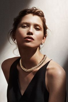 Make an elegant statement with a sculptural necklace.