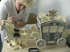 Carriage cake for a fairy tale party