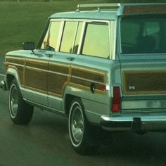 The woody jeep grand Cherokee has always been a dream car of mine.