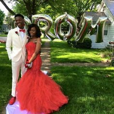 Boy Prom Goals, Invisible Crown, Trumpet Skirt, Prom Dresses, Formal Dresses, Ball Gowns, Joy, Skirts, How To Wear