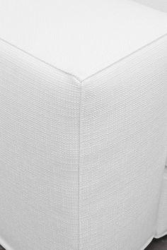 il divano best by samoa. #white #bianco #divani #furniture #pelle ... - Arredamento White Elephant