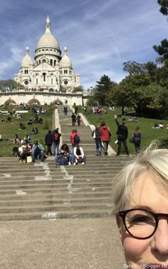 Travel Guide France: 5 Things To Do in Montmartre
