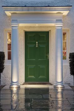 Ideas Exterior Lighting Design Columns For 2019 Entrance Lighting, Facade Lighting, Exterior Lighting, Outdoor Lighting, Lighting Design, Wall Lighting, Luxury Lighting, House With Porch, House Front