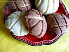 """""""Conchas"""" de Pan Dulce  Mexican Sweet Bread """"Shells"""""""