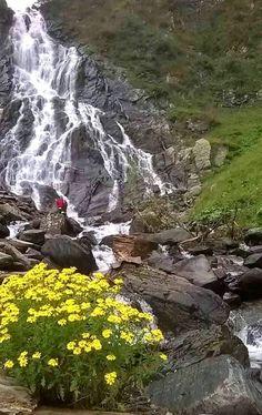 Cascada Bâlea, Munții Făgăraș Turism Romania, Visit Romania, Beautiful Places To Visit, Places To See, Smell Of Rain, Carpathian Mountains, Sky Sea, Country Landscaping, The Beautiful Country