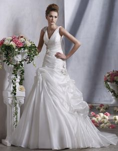Ravishing V-neck A-line Bridal Gown with Applique Chapel Train