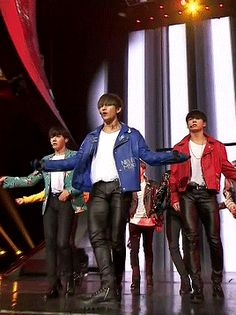 BTS | V - oh man those leather pants are so sexy on these boys and their beautiful long legs
