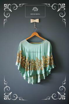 61 ideas for crochet poncho bohemian Cape Designs, Fancy Blouse Designs, Blouse Neck Designs, Modest Fashion, Fashion Outfits, Baby Girl Dress Patterns, Indian Wear, Indian Blouse, Lehenga Designs