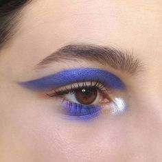 Image discovered by Stay Real. Find images and videos about eyes, make up and ey… Image discovered by Stay Real. Find images and videos about eyes, make up and eye on We Heart It – the app to get lost in what you love. Makeup Trends, Makeup Inspo, Makeup Art, Makeup Inspiration, Beauty Makeup, Hair Makeup, Makeup Goals, Makeup Tips, Beauty Dish