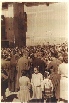 La Rompida de la Hora en la plaza de la Hoya, años 50