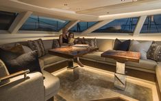 The best items to decorate your luxury yacht! Find out more on luxxu.net