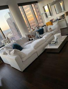 Black Bedroom Design, Girl Bedroom Designs, Dream Home Design, House Design, First Apartment Decorating, Dream Apartment, Bedroom Layouts, Aesthetic Room Decor, Dream Rooms