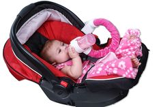 Cotton Pink - Joyana Baby Pouch Baby's Hands Free Botal---->> http://joyanapouch.com/