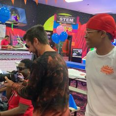 Wavy Skate Party on day one of our latest event in Orlando, FL. Customers as far as Toronto flew in to join the festivities. Learn more about our traveling pop-up and how we break stereotypes. Skate Party, Pop Up, Orlando, Afro, Curls, Natural Hair Styles, This Is Us, Waves, Photo And Video