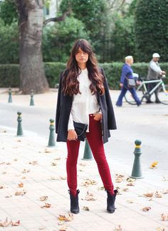 long messy brown hair - love the style if her hair! Easy for me to try