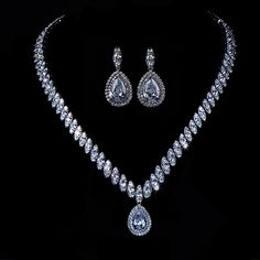 The Gala Evening Jewerly Set by Angelina Hart. http://www.angelinahartboutique.com/collections/fashion-jewelry/products/gala-evening-fashion-jewelry-set