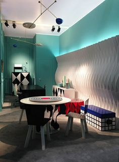 #altreforme #diningroom A Moveable Feast #stand @iSaloni 2014 #paris #anni20 #roaringtwenties #designweek #interior #home #decor #homedecor #furniture with #woweffect #aluminium