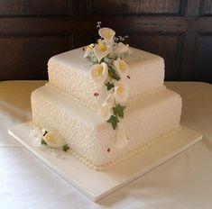 43 Super Ideas For Wedding Cakes 2 Tier Square Simple Wedding Cake Two Tier, Bling Wedding Cakes, Small Wedding Cakes, Square Wedding Cakes, Square Cakes, Elegant Wedding Cakes, Beautiful Wedding Cakes, Wedding Cake Designs, Wedding Cake Toppers
