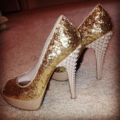 My homecoming shoes that I'm still obsessed with :))