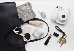 Submitted by: indigoliime Madewell tote bag, NARS in Anita, Essie polish, Rag & Bone glasses, and my favorite Philosophy products. What's In My Purse, Whats In Your Purse, What In My Bag, What's In Your Bag, Philosophy Products, Madewell Tote, Classic Girl, You Bag, My Bags