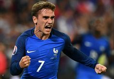 Griezmann tries his hand at management - with Chelsea!