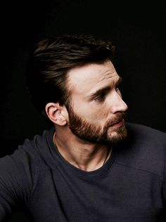 Chris evans, avengers, and captain america image Capitan America Chris Evans, Chris Evans Captain America, Robert Evans, Steve Rogers, Captain America Images, Capt America, Christopher Evans, Jamel, Man Thing Marvel