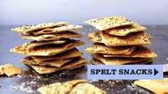 Spelt Everything Crackers from Smitten Kitchen. Only three ingredients needed: spelt flour, salt and water. Healthy Crackers, Homemade Crackers, Healthy Snacks, Flour Recipes, Snack Recipes, Cooking Recipes, Free Recipes, Snacking, Spelt Flour