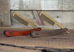 This is a small handmade beard comb that is designed to look like a vintage straight razor. This unique comb is crafted with walnut or padauk scales which can be personalized with your favorite initials, nickname, or monogram. The bamboo comb blade conveniently flips out to reveal teeth to properly groom your beard and is appropriate for different phases of whisker growth. The smooth hardwood handle swivels 360 degrees, like a straight razor, to hit hard-to-reach areas and allow use...