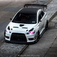 Mitsubishi Evo X Evo X, Mitsubishi Lancer Evolution, Carros Audi, Custom Headlights, Mitsubishi Cars, Tuner Cars, Japan Cars, Modified Cars, Amazing Cars