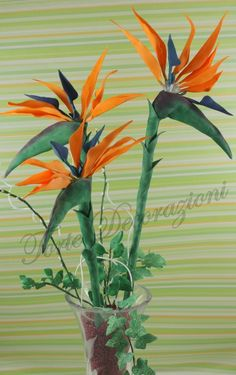 "{Here is a FABULOUS Bird of Paradise tutorial: ""Strelitzia PDZ!"" created by Francesca. It even includes a template for the pieces}"