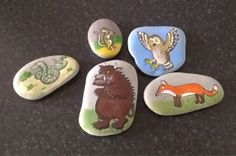 Well I have been exploring the wonders of story stones recently. Inspired by a great friend who wanted a set of Gruffalo story stones paint. Pebble Painting, Pebble Art, Stone Painting, Gruffalo Activities, The Gruffalo, Gruffalo Party, Nursery Activities, Toddler Activities, Baby Birthday Card