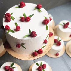 Pretty Birthday Cakes, Pretty Cakes, Cute Cakes, Beautiful Cakes, Amazing Cakes, Cake Birthday, Bolo Original, Cake Recipes, Dessert Recipes