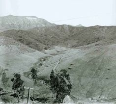 HOLLYWOODLAND SIGN FROM THE HOLLYWOOD LAKE AREA Date(s): 1923