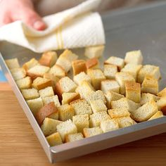 How to Make Bread Cubes for Stuffing Thanksgiving Stuffing, Thanksgiving Recipes, Fall Recipes, Holiday Recipes, Christmas Recipes, Canadian Thanksgiving, Thanksgiving 2020, Christmas Appetizers, Holiday Foods