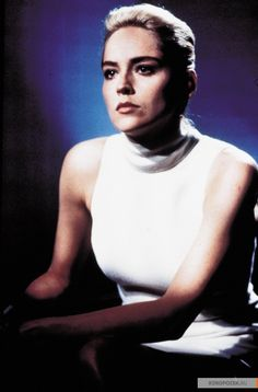 Basic instinct sharon stone photos, paul verhoeven, basic instinct movie, h Female Actresses, Actors & Actresses, Basic Instinkt, Basic Instinct Movie, Sharon Stone Photos, Mejores Series Tv, Provocateur, Actrices Hollywood, I Love Girls
