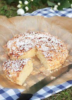 picknickkaka1 Bun Recipe, Swedish Recipes, Fika, No Bake Desserts, Doughnut, Cookie Recipes, Deserts, Food And Drink, Sweets