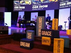 Cool stage design idea (looks fairly inexpensive too) invite invest impress ignite Stage Set Design, Church Stage Design, Box Design, Design Ideas, Church Interior Design, Christmas Stage, Fruit Box, Fruit Of The Spirit, Stage Decorations
