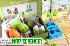LOVED this month's Kiwi Crate Mad Science theme! Get $10 off your first box with the coupon in the review!