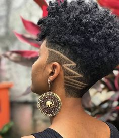 Best Picture For crochet hair styles blonde For Your Taste You are looking for something, and it is going to tell you exactly what you are looking for, and you didn't find that picture. Natural Hair Haircuts, Natural Hair Short Cuts, Tapered Natural Hair, Short Sassy Hair, Short Hair Cuts, Natural Hair Styles, Undercut Natural Hair, Short Hair Designs, Shaved Hair Designs