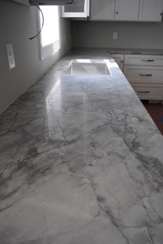 super white quartzite/marble sub