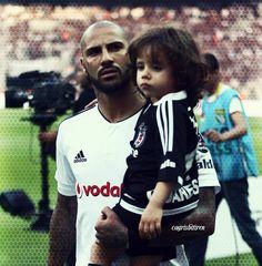 Ricardo Quaresma ve oğlu :)