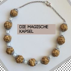 Grosse Kapsel-Kugeln mit fluoreszierenden Perlen...