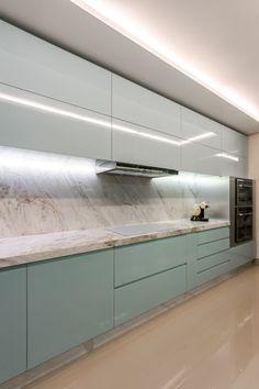 Ceiling Design Living Room, Kitchen Room Design, Kitchen Cabinet Design, Modern Kitchen Design, Home Decor Kitchen, Interior Design Kitchen, Kitchen Modular, Rustic Home Interiors, Light In