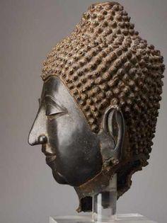 KOPF DES BUDDHA Bronze. Königreich Ayutthya (Siam), ca. 17. bis 18. Jh.