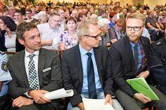 Großer Anwohnerandrang: Stadt und Bezirksregierung stellen Pläne im Oldentruper Hof vor +++  500 Teilnehmer bei Infoabend zum Flüchtlingsheim
