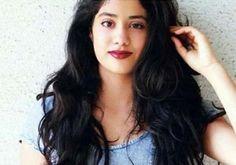 Jhanvi Kapoor will mark her Bollywood debut with KJO's film, confirms Boney Kapoor  Read More>> http://www.oneworldnews.com/jhanvi-kapoor-will-mark-her-bollywood-debut-with-dharma-productions/  #oneworldnews #JhanviKapoor #bollywood